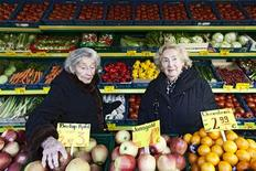 "This undated promotional handout picture shows holocaust survivors Bella Katz (L) and Regina Karolinski (Oma) shopping for ingredients in Berlin, where they share an apartment that is the setting for ""Oma & Bella"", a documentary about their cooking and its connection to their past. Scenes from the new documentary ""Oma & Bella"" about two octogenarian friends living together in Berlin are warm, but the hunger to learn more about their past as Holocaust survivors creates a suspenseful undercurrent throughout the film, which is being released on iTunes and Amazon in the United States on Tuesday. The sometimes jarring shifts from cozy kitchen scenes of chopping and sauteing to starkly lit interviews in which they reluctantly reveal some of the horrors they survived as Jewish girls in World War Two are purposeful, filmmaker Alexa Karolinski said. To match Story FILM-OMA&BELLA/ REUTERS/Bella Lieberberg/Handout"