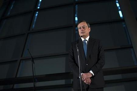 European Central Bank President Mario Draghi briefs the media after meeting German lawmakers at the lower house of parliament in Berlin October 24, 2012. REUTERS/Thomas Peter
