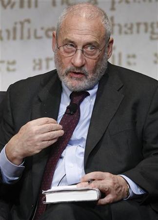 Columbia University Professor Joseph Stiglitz speaks during The Economist's Buttonwood Gathering in New York October 24, 2012. REUTERS/Carlo Allegri