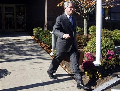 Attorney Robert Jones, who is representing former Massachusetts Governor and Presidential Candidate Mitt Romney, leaves Norfolk Probate and Family Court in Canton, Massachusetts October 25, 2012. REUTERS/Jessica Rinaldi