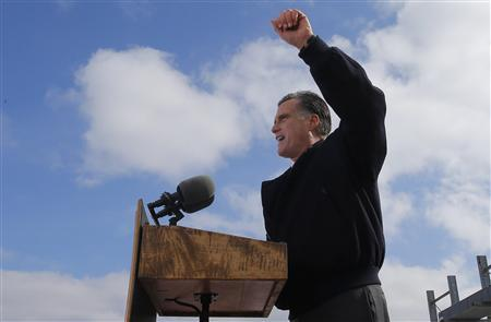U.S. Republican presidential nominee Mitt Romney gestures as he delivers a speech on the U.S. economy while campaigning in Ames, Iowa October 26, 2012. REUTERS/Brian Snyder