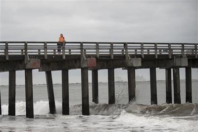 Evacuations, shutdowns on East Coast before storm