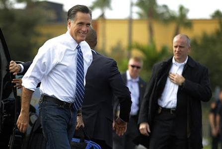 Republican presidential nominee Mitt Romney arrives at the airport in Tampa, Florida October 28, 2012. REUTERS/Brian Snyder