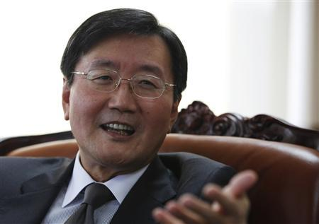 National Pension Service (NPS) Chairman and Chief Executive Officer Jun Kwang-woo speaks during an interview with Reuters at his office in Seoul October 26, 2012. REUTERS/Kim Hong-Ji