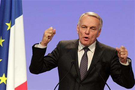 France's Prime Minister Jean-Marc Ayrault delivers a speech during the Socialist Party's annual congress in Toulouse October 27, 2012. REUTERS/Jean-Philippe Arles