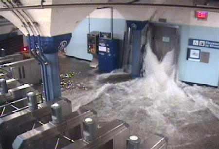 Sandy leaves unprecedented challenges for New York City subways