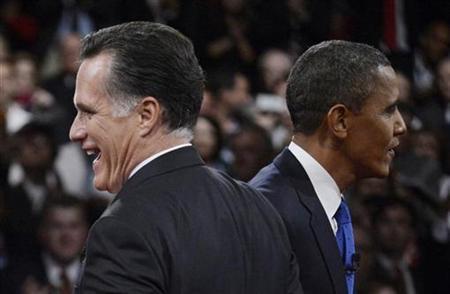 Republican presidential nominee Mitt Romney and U.S. President Barack Obama at end of the final U.S. presidential debate in Boca Raton, Florida October 22, 2012. REUTERS/Michael Reynolds/Pool