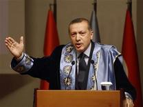 Turkish Prime Minister Tayyip Erdogan addresses the audience after receiving his honorary doctorate degree from Yildiz Technical University in Istanbul October 5, 2012. REUTERS/Osman Orsal