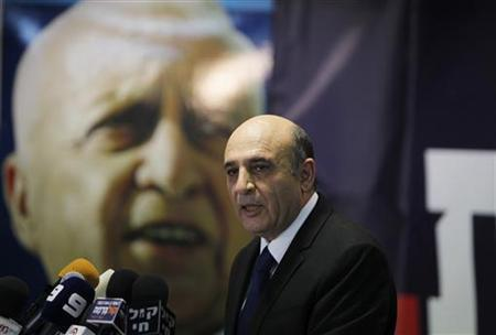 Kadima party leader Shaul Mofaz speaks during a news conference in Petah Tikva, near Tel Aviv July 17, 2012. REUTERS/Baz Ratner