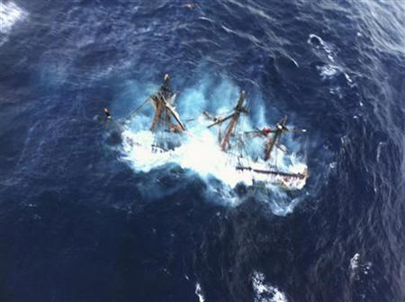 The HMS Bounty, a 180-foot sailboat, is shown submerged in the Atlantic Ocean during Hurricane Sandy approximately 90 miles southeast of Hatteras, North Carolina in this U.S. Coast Guard handout picture taken October 29, 2012. REUTERS/Petty Officer 2nd Class Tim Kuklewski/USCG/Handout
