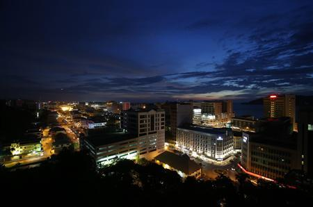 A general view of Kota Kinabalu, the capital of Malaysia's state of Sabah on the Borneo island, during the sunset of September 17, 2012. REUTERS/Bazuki Muhammad