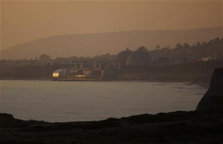 File photo of the San Onofre Nuclear Generating plant seen on the shore of the Pacific Ocean in North San Diego County, California March 14, 2011. REUTERS/Mike Blake