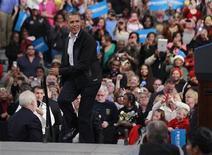 Candidato à reeleição, presidente dos Estados Unidos Barack Obama criticou comentário do adversário republicano Mitt Romney. 02/11/2012. REUTERS/Jason Reed