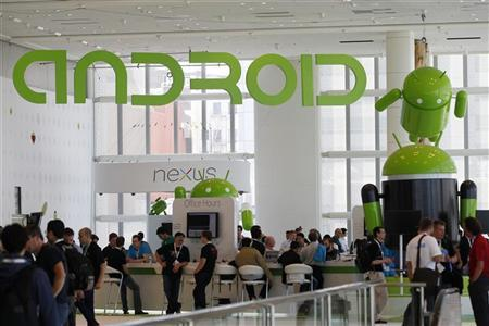 Attendees gather at the Android developer sandbox during the Google I/O Conference at Moscone Center in San Francisco, California June 28, 2012. REUTERS/Stephen Lam