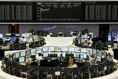 Em Frankfurt, índice DAX fechou em alta de 0,38 por cento nesta sexta-feira. 19/09/20089 REUTERS/Alex Grimm