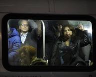Partes do metrô de Nova York que ainda não foram reativadas devem ser ligadas ainda neste fim de semana. 01/11/2012. REUTERS/Carlo Allegri