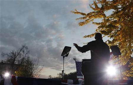 U.S. President Barack Obama speaks at an evening campaign event at Washington Park in Dubuque, Iowa, November 3, 2012. REUTERS/Larry Downing