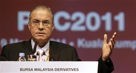 Director of Godrej International Limited Dorab Mistry delivers his address during the Bursa Malaysia's annual Palm and Lauric Oils Conference & Exhibition Price Outlook in Kuala Lumpur March 9, 2011. REUTERS/Stringer/Files