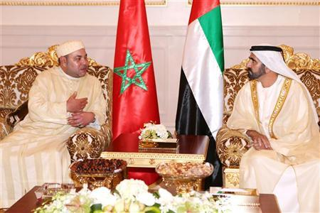 Morocco's King Mohammed VI (L) meets with United Arab Emirates' Vice President and Prime Minister and Ruler of Dubai Sheikh Mohammed bin Rashid al-Maktoum upon his arrival in Dubai October 22, 2012. REUTERS/WAM/Handout