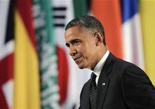 Presidente dos EUA, Barack Obama, participa de coletiva de imprensa durante cúpula do G20 em Los Cabos, México. Os ministros de Finanças das 20 principais economias do mundo estão alertando sobre o abismo fiscal dos Estados Unidos e os problemas de dívida da Europa em uma reunião no México neste fim de semana. 19/06/2012 REUTERS/Andres Stapff