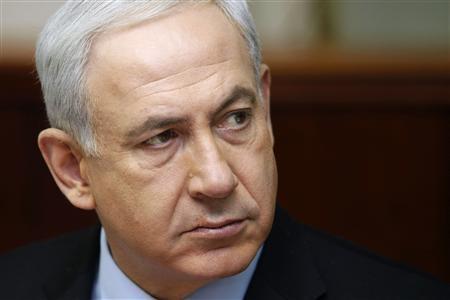 Israel's Prime Minister Benjamin Netanyahu attends the weekly cabinet meeting in Jerusalem November 4, 2012. REUTERS/Gali Tibbon/Pool