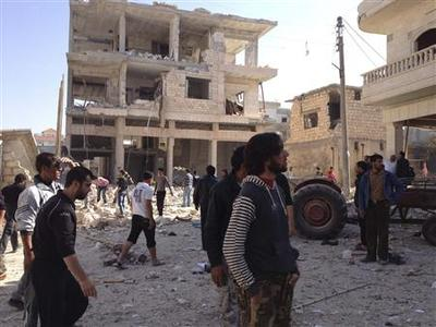 Bomb shakes Damascus, opposition holds unity talks