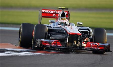 McLaren Formula One driver Lewis Hamilton of Britain drives during the Abu Dhabi F1 Grand Prix at the Yas Marina circuit on Yas Island November 4, 2012. REUTERS/Steve Crisp