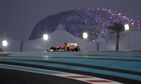 Ferrari Formula One driver Fernando Alonso of Spain drives during the Abu Dhabi F1 Grand Prix at the Yas Marina circuit on Yas Island November 4, 2012. REUTERS/Steve Crisp