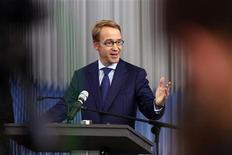 Jens Weidmann, president of German Bundesbank speaks during a news conference in Frankfurt September 26, 2012. REUTERS/Alex Domanski