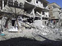 Macerie a Damasco dopo i bombardamenti . REUTERS/Ahmed Taqi Al-Edeenn/Shaam News/Handout