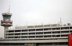 Exterior view of the Murtala Mohammed International Airport in Nigeria's commercial capital Lagos December 27, 2009. REUTERS/Akintunde Akinleye