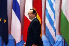 French President Francois Hollande arrives for the opening ceremony of the ASEM Summit in Vientiane November 5, 2012. REUTERS/Damir Sagolj