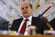 Il segretario del Pd leader Pierluigi Bersani, Roma, 2 maggio 2012. REUTERS/Tony Gentile