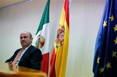 España ha bloqueado el nombramiento de Yves Mersch en el consejo de gobierno del Banco Central Europeo, señalando que se encontraba cómoda con el procedimiento empleado y dejando abierta la posibilidad a presentar a su propio candidato para el puesto. En la imagen, el ministro español de Economía, Luis de Guindos, asiste a una rueda de prensa en la Oficina Económica y de Comercio en la emabajada española en México, durante la cumbre del G-20 en Ciudad de México, el 5 de noviembre de 2012. REUTERS/Bernardo Montoya