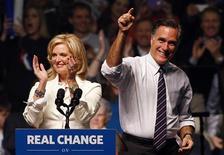 Eleitores do candidato republicano Mitt Romney no Alabama vão realizar festa da campanha em campo de tiro. 05/11/2012. REUTERS/Jim Young
