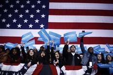 Supporters of U.S. President Barack Obama cheer during his remarks at a campaign rally in Bristow, Virginia, November 3, 2012 REUTERS/Jason Reed