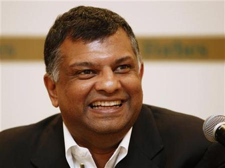 Malaysia's AirAsia Group CEO Tony Fernandes speaks during a news conference at Forbes Global CEO Conference in Kuala Lumpur September 14, 2011. REUTERS/Bazuki Muhammad/Files