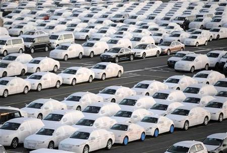 File photo of Audi cars at a shipping terminal in the harbour of the German northern town of Bremerhaven, March 8, 2012. REUTERS/Fabian Bimmer