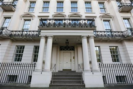 A 45-bedroom mansion that had belonged to former Lebanese Prime Minister Rafik al-Hariri until his assasination in 2005, and is now on sale for a price tag of between 200 and 300 million pounds (322 million to 483 million US dollars), is seen in the upscale Knightsbridge neighbourhood of London November 5, 2012. REUTERS/Stefan Wermuth