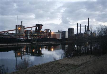 General view of a factory of Salzgitter Flachstahl GmbH, a company of steel manufacturer Salzgitter AG in Salzgitter March 11, 2009. REUTERS/Christian Charisius