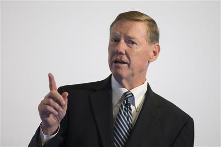 Alan Mulally, President and CEO of Ford Motor Company speaks at the Automobilwoche automotive industry conference in Berlin November 7, 2012. Ford Motor Co Chief Executive Alan Mulally said on Wednesday that the U.S. car maker will ''continue to monitor'' the situation in European auto markets to gauge whether further restructuring moves might become necessary. REUTERS/Thomas Peter