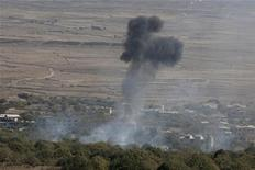 Forças leais ao presidente Bashar al-Assad bombardearam o vilarejo sírio de Bariqa. 07/11/2012 REUTERS/Baz Ratner