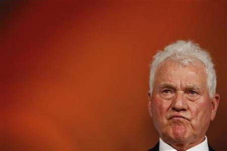 Austrian businessmen and billionaire Frank Stronach listens to journalists questions during a news conference in Vienna September 27, 2012. Stronach presented his new political party ''Team Stronach, Party for Austria'' during this news conference to the public. REUTERS/Leonhard Foeger