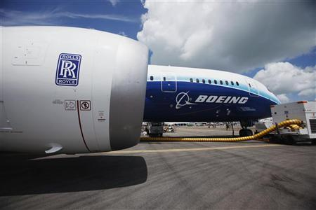 A view of one of two Rolls Royce Trent 1000 engines of the Boeing 787 Dreamliner during a media tour of the aircraft ahead of the Singapore Airshow in Singapore February 12, 2012. REUTERS/Edgar Su