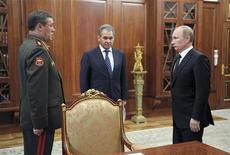 Presidente da Rússia Vladimir Putin deu posse ao novo chefe do Estado-Maior das Forças Armadas nesta sexta-feira. 09/11/2012 REUTERS/Alexsey Druginyn/RIA Novosti/Pool