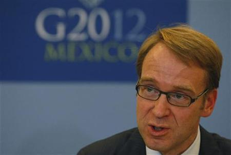 Jens Weidmann, president of German Bundesbank, addresses the media in a news conference at the G20 Summit in Mexico City November 5, 2012. REUTERS/Bernardo Montoya (MEXICO - Tags: POLITICS BUSINESS)
