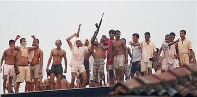 Gunfight at biggest Sri Lanka prison kills 13