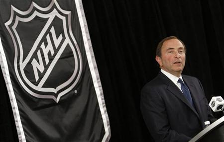 NHL commissioner Gary Bettman speaks to the media in New York September 13, 2012. REUTERS/Carlo Allegri