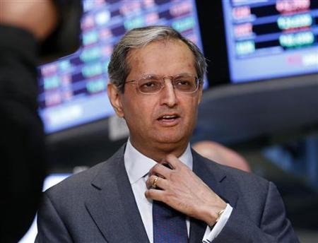Citigroup's CEO Vikram Pandit gives an interview on the floor of the New York Stock Exchange June 18, 2012. REUTERS/Brendan McDermid/Files