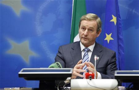 Ireland's Prime Minister Enda Kenny holds a news conference at the end of a European Union leaders summit in Brussels October 19, 2012. REUTERS/Sebastien Pirlet